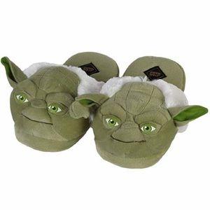 Star Wars Adult Yoda Slippers NWOT